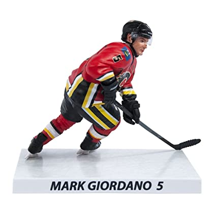 competitive price 970bf 5791b Amazon.com: Mark Giordano Calgary Flames 2015-16 NHL 6 ...