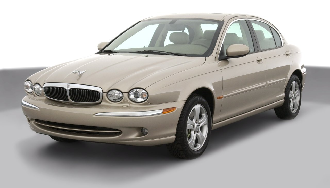 2002 Jaguar X-Type w/Sport Package, 4-Door
