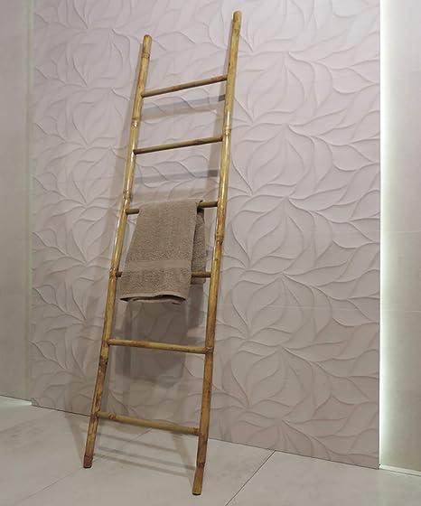 Escalera de diseño de madera de bambú para decoración - Ideal para ser utilizada como toallero