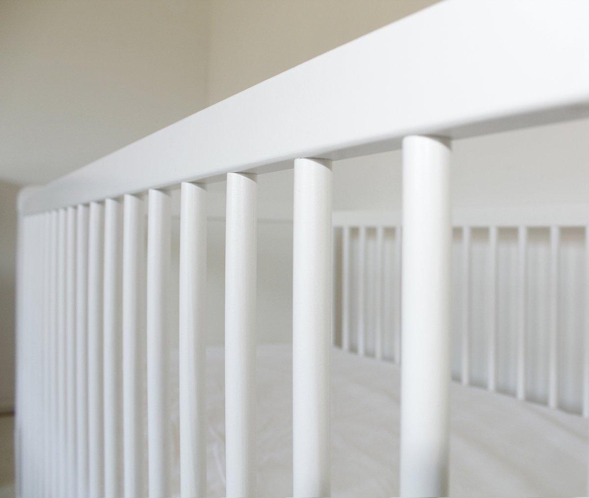 Cuna bebé convertible 140 x 70 color pino natural con lados BLANCOS madera de pino estilo VINTAGE. ENVÍO GRATIS!! COLCHÓN GRATIS!!: Amazon.es: Bebé