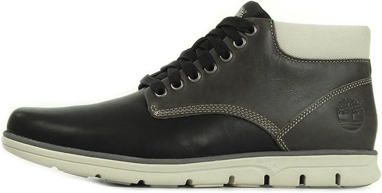 Leather Bradstreet Chukka Boots