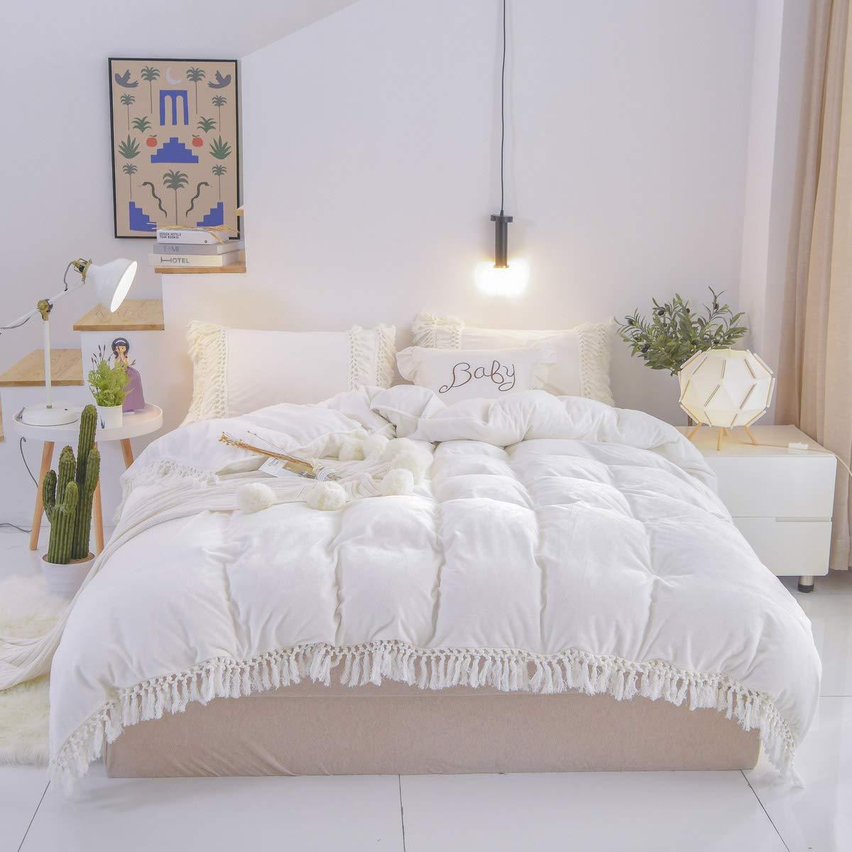 Brandream Tassel Duvet Cover Full 3 Pcs Velvet Flannel Bedding Bohemian Style Ruffle White Girls Bedding with Zipper Ties for Winter by Brandream