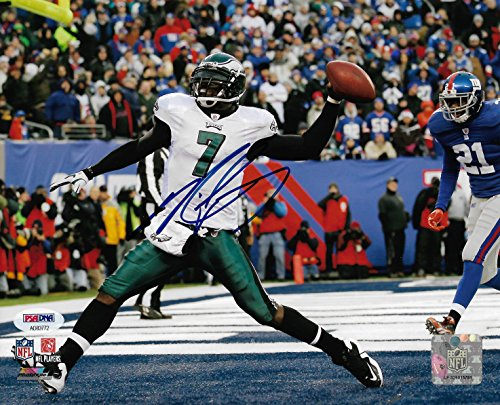 - Eagles Michael Vick Miracle at the New Meadowlands Autographed 8