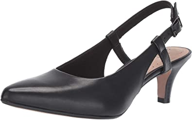 Clarks Womens Linvale Loop Closed-Toe Pumps