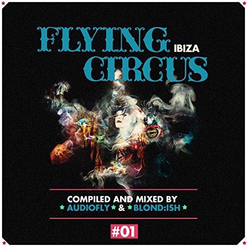 flying-circus-ibiza-no-1