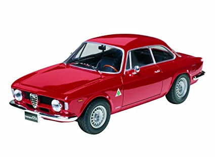 Amazon.com: 1/24 Alfa Romeo Giulia Sprint G: Toys & Games