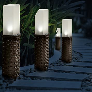 GloBrite Set of 4 Rattan Solar Post Ground Garden Solar Lights