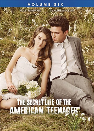 The Secret Life of the American Teenager: Volume Six (Abc The Secret Life Of The American Teenager)