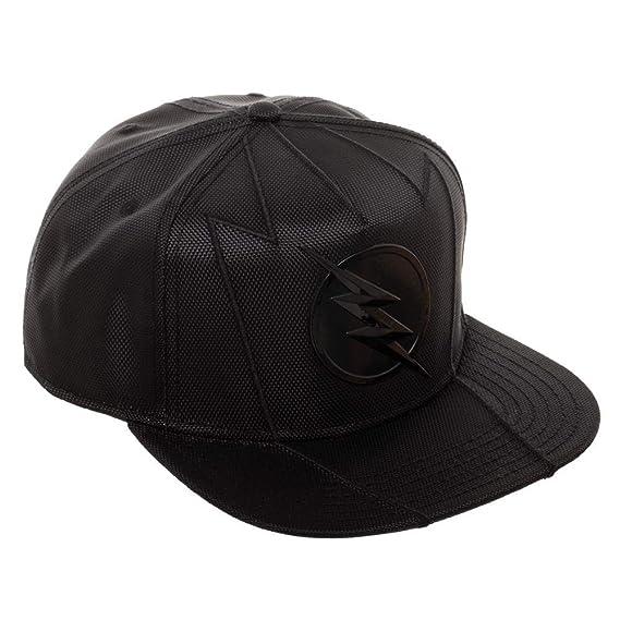 c62d20bf2348d Amazon.com  DC Comics The Flash Snapback Hat  Clothing