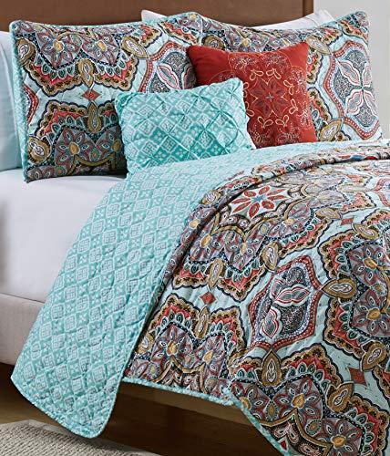 VCNY Home 4 Piece Damask Print Reversible Quilt Set