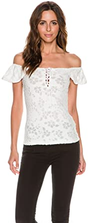 dbeac5895db52 Free People Women s Popsicle Lace-Up Off the Shoulder Top at Amazon ...