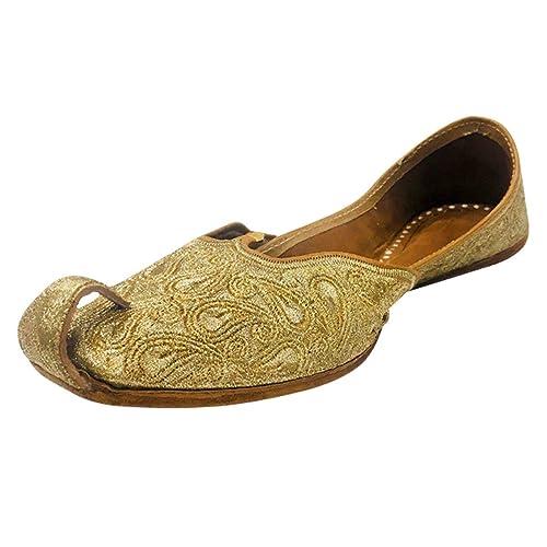 2582dfbd94ec Step n Style Women Gold Pakistani Juti Punjabi Jutti Ethnic Mojari Handmade  Khussa  Buy Online at Low Prices in India - Amazon.in