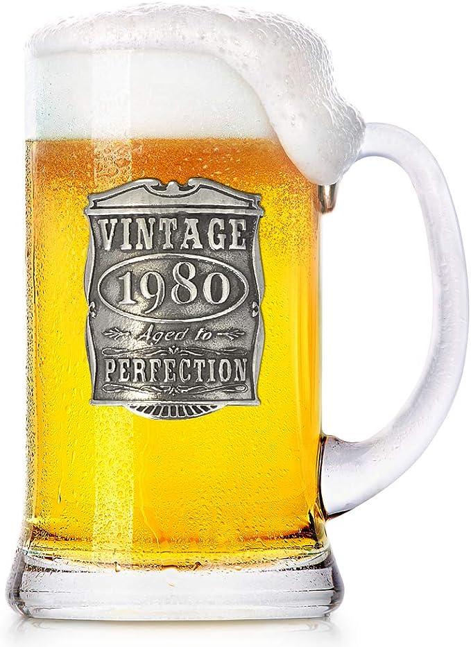 Amazon.com: VIN032 - Taza de cerveza con texto en inglés ...