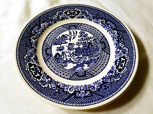 (Blue Willow Small Bread and Butter Plate - Willow Ware Royal China - Underglaze)