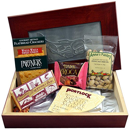 (Smoked Salmon Gift Box with Salmon, Crackers, Pistachios, Chocolate Espresso Bar and Dark Chocolate Almond Roca)