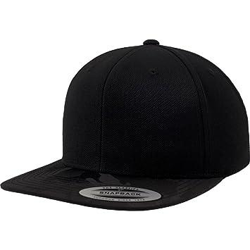 Flexfit by Yupoong Mens Classic Shape Camo Visor Snapback Cap  Amazon.co.uk   Sports   Outdoors 2ae7dde92835