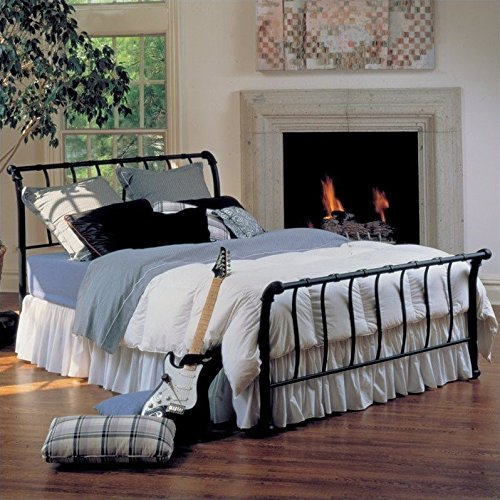 (Hillsdale Furniture 1655BQR Janis Metal Sleigh Bed Set with Rails, Queen, Textured Black)