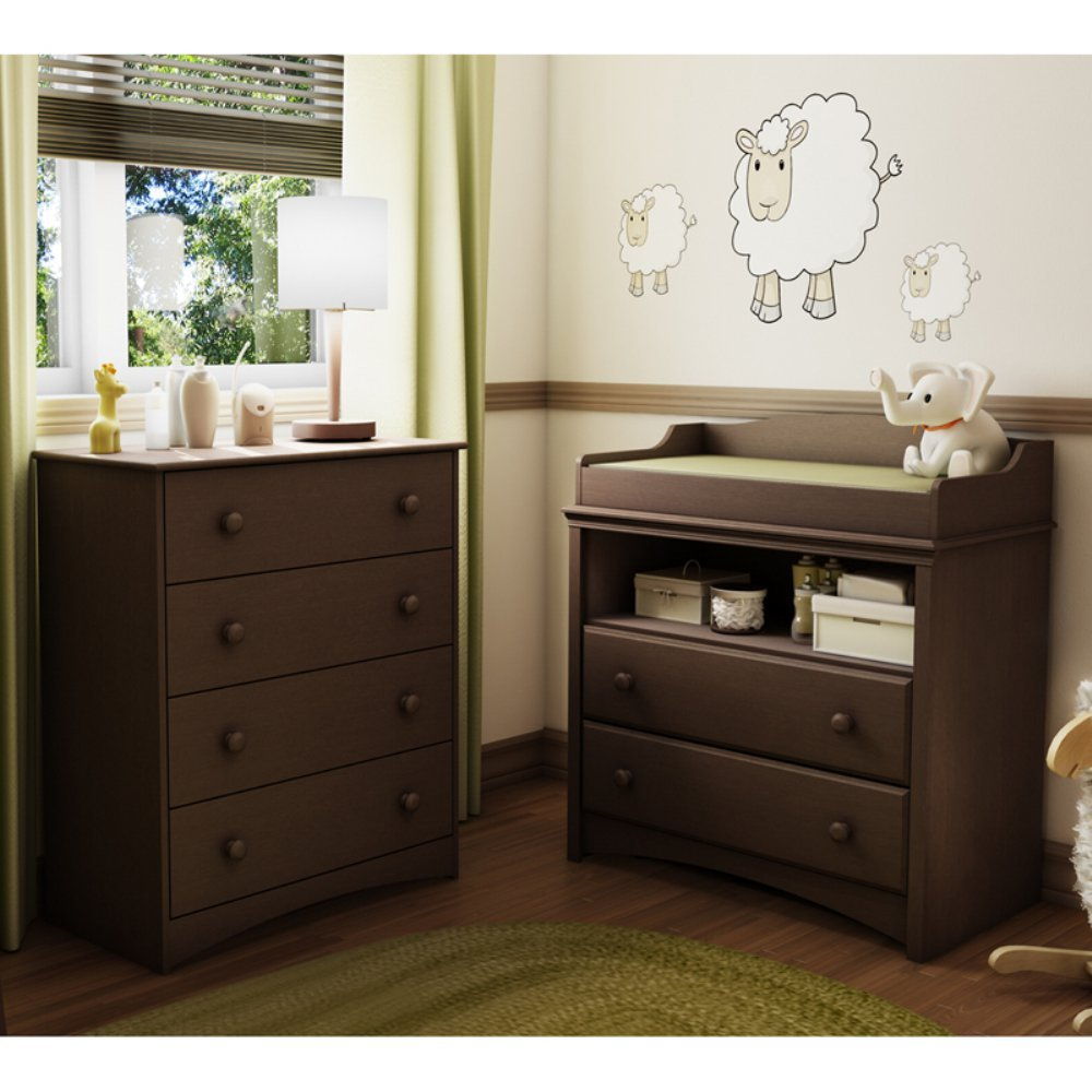 South Shore Angel Changing Table and 4 Drawer Chest Set