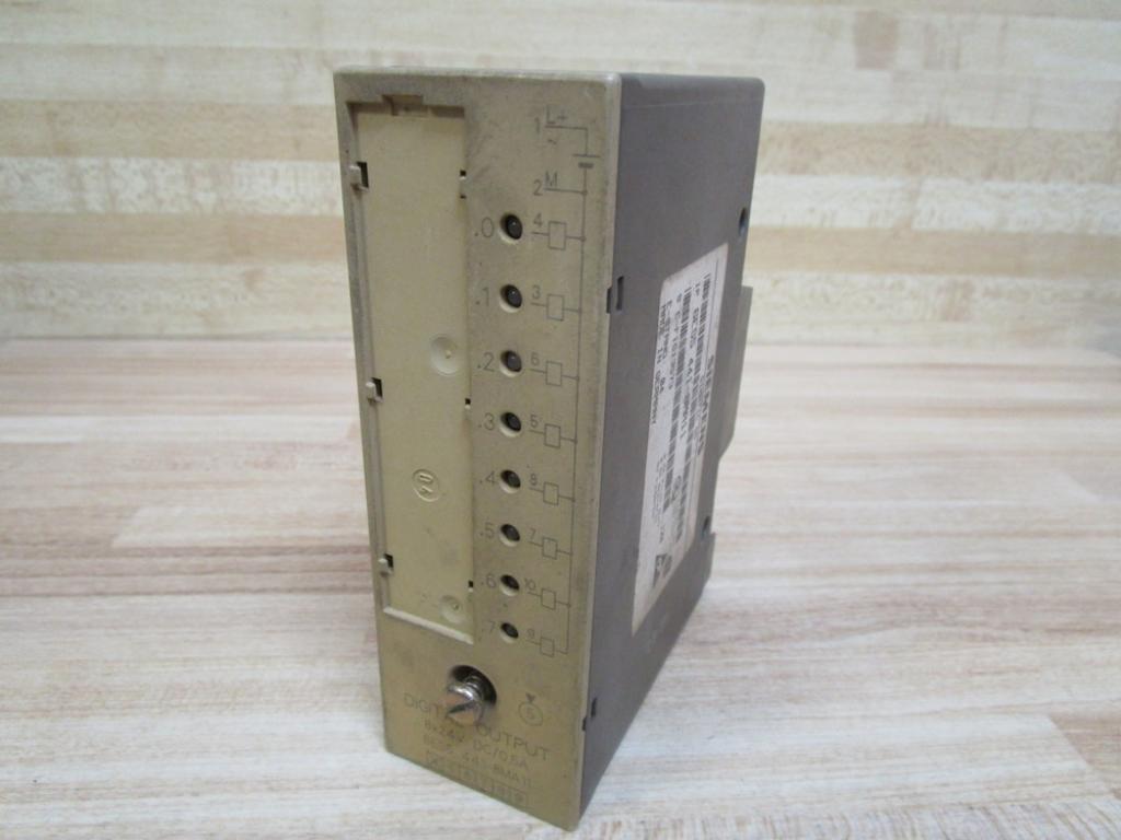 Siemens simatic S5 Digital Output 6ES5 441-8MA11 //// 6ES5441-8MA11