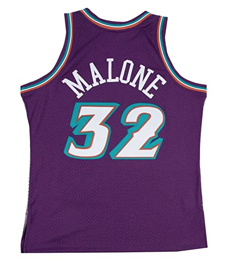 official photos f8e8b 4e237 Amazon.com : Mitchell & Ness Utah Jazz Karl Malone Swingman ...