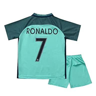 234fc3ac887 caxa 2016 Portugal Youths Away Kit Soccer Kids Jersey   Short  Amazon.ca   Sports   Outdoors