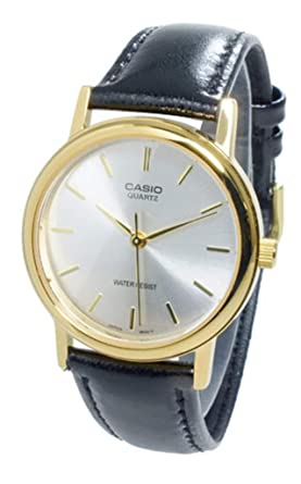 962fec4cfdd Amazon.com  Casio Men s Leather watch  MTP-1095Q-7A  Watches