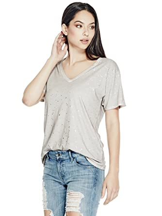 bcf818630a66 GUESS Women's Washed Foil V-Neck Tee: Amazon.in: Clothing & Accessories