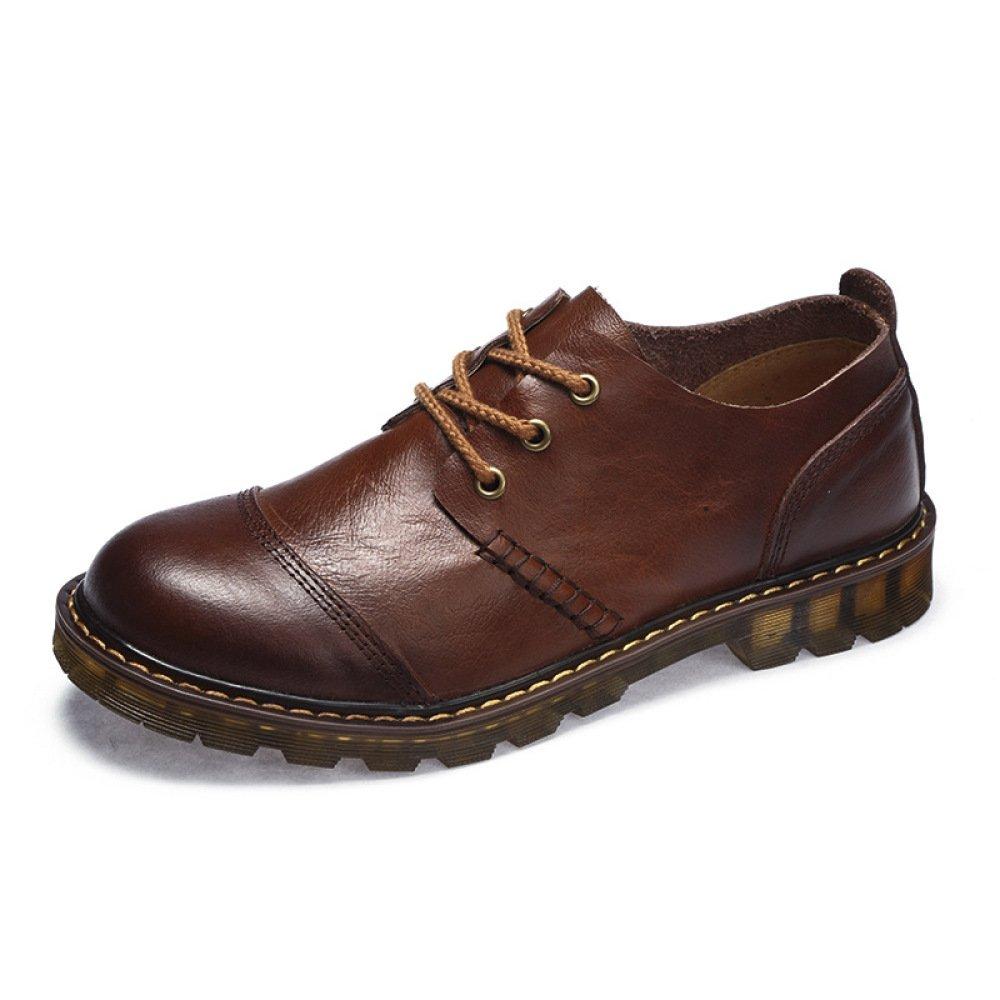 Die Bequemen Gehenden Schuhe Der Männer Beschuht Schuhe Im Freien, Die Große Schuhe Fahren