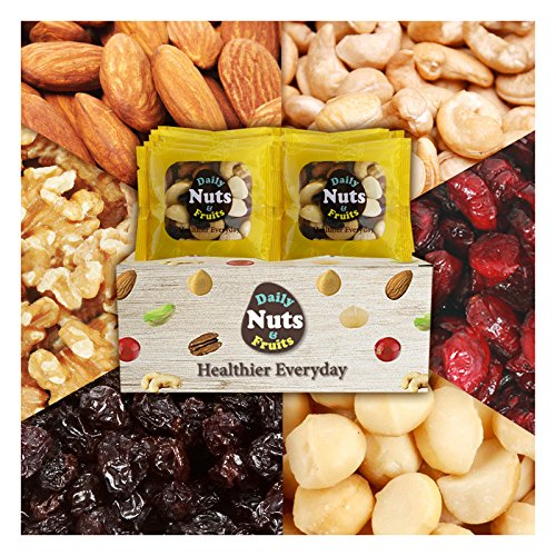 Daily Nuts Healthy Six Mix Nuts 32 packs (Almonds 30%, Walnuts 20%, Cashews 15%, Macadamias 15%, Cranberries 10%, Raisins 10%) No Artificial Additives, Dry-Roasted, Natural, Premium Nuts On The Go,