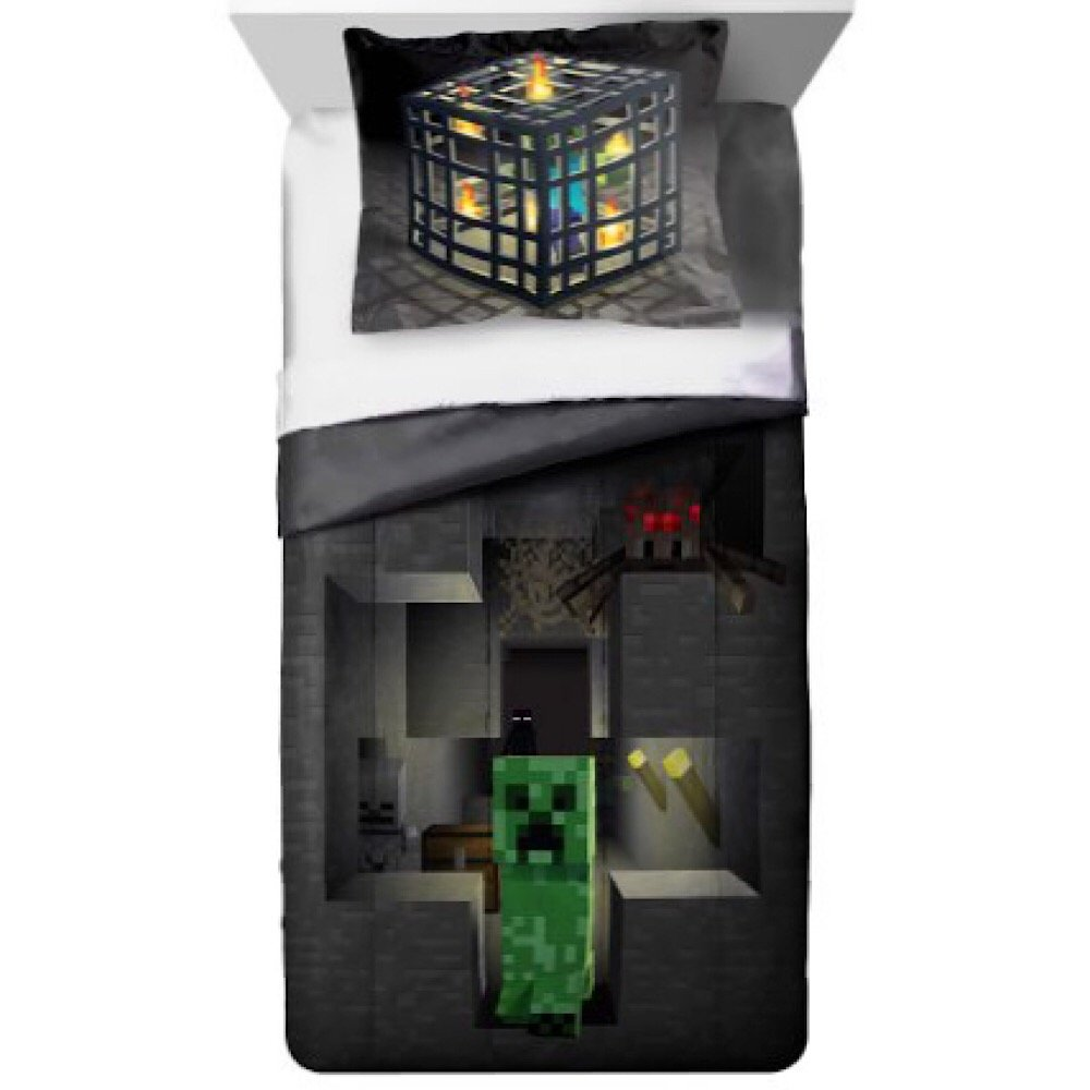 MineCraft Kids Twin/Full Comforter and Sham Bedding Set