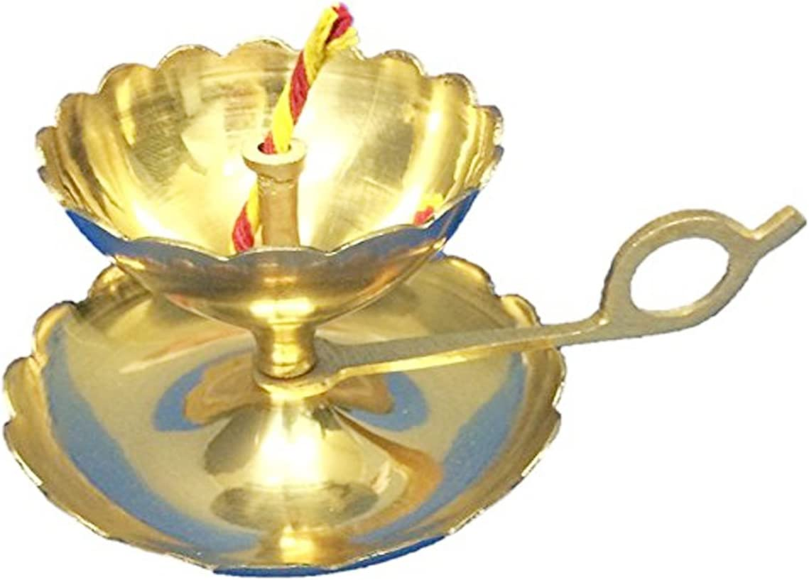 PARIJAT HANDICRAFT Handmade Indian Puja Brass Oil Lamp Aarti /& Diya in One with Supported Flame