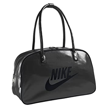 Nike Ladies Sport Bag Gym Bag weekend Bag  Amazon.co.uk  Sports   Outdoors 628bf44d9cc5a