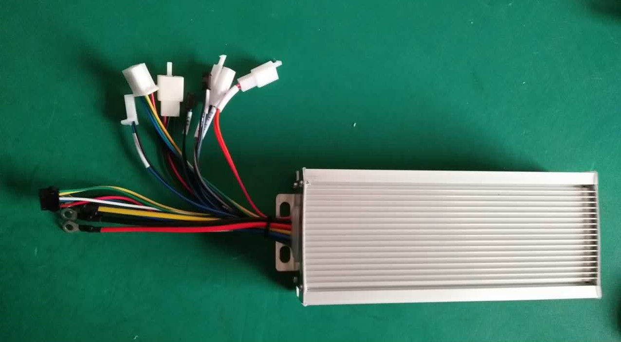 48V/72V 2000-3000W Brushless Sine Wave Controller ,E-bike Hub Motor Controller for Electric Bicycle Kit. by NBPower (Image #1)