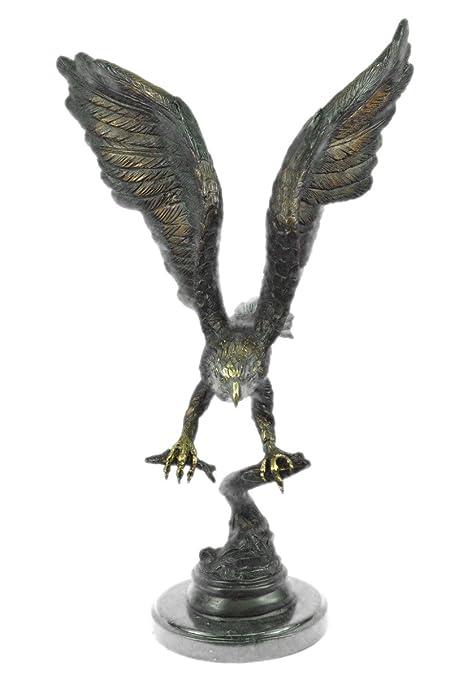 Figura decorativa hecha a mano en bronce europeo de Moigniez Eagle Catch Fish multicolor para patina