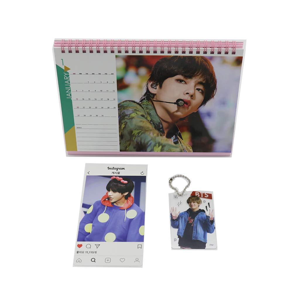 BTS Bangtan Boys Taehyung Desk Calendar with Instagram Card, Key Cahin Mini Photo Card (V): Amazon.es: Oficina y papelería