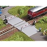 Auhagen 44637 - Passaggio a livello, accessori modellismo ferroviario