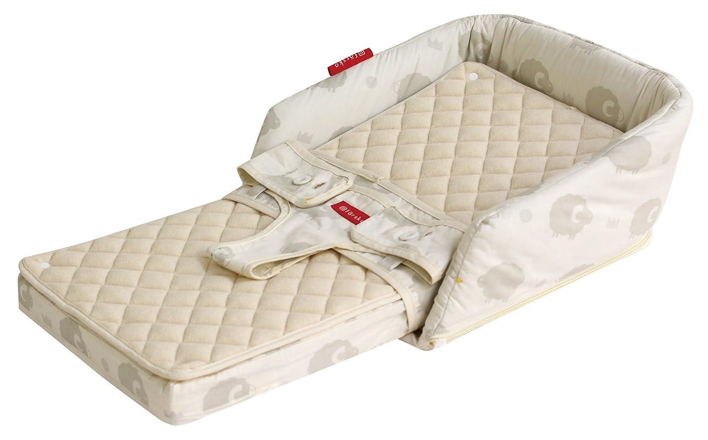 面積スロー使役日本製 ベビー敷布団 固綿 二つ折れタイプ ホワイト