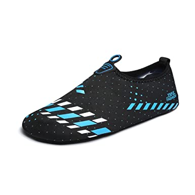 da11c104bcc Amazon.com  Women Men Water Shoes Spring Summer Male Skin Yoga Exercise  Pool Beach  Clothing