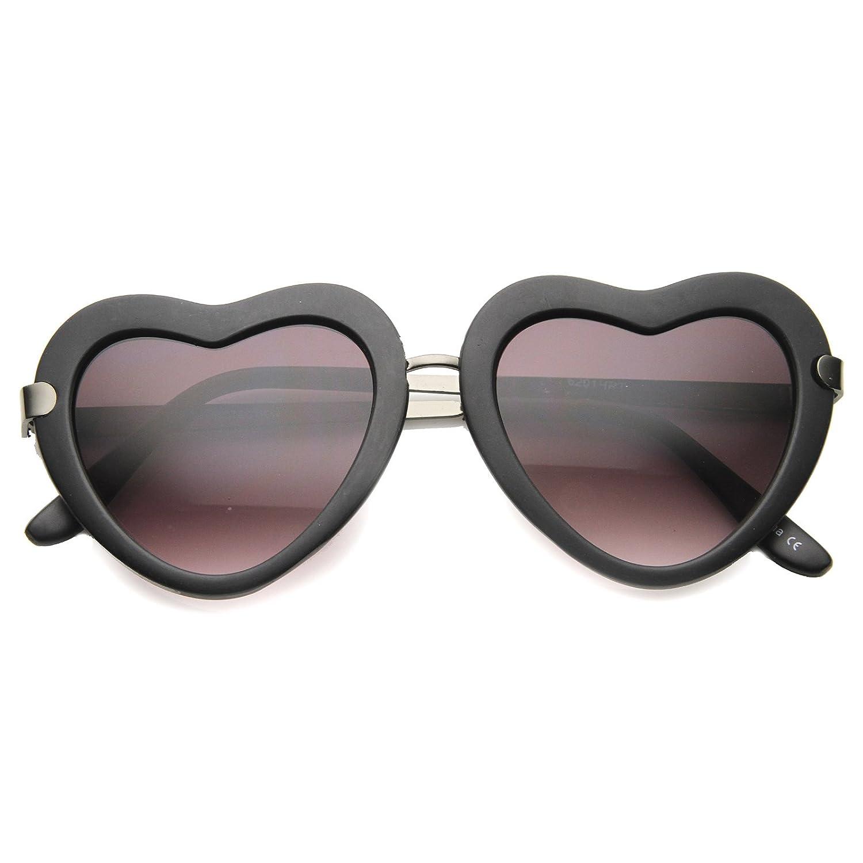 a0fd87af13 Amazon.com  Women s Metal Nose Bridge Mid Sitting Temple Heart Sunglasses  50mm (Matte Black-Gunmetal Lavender)  Clothing