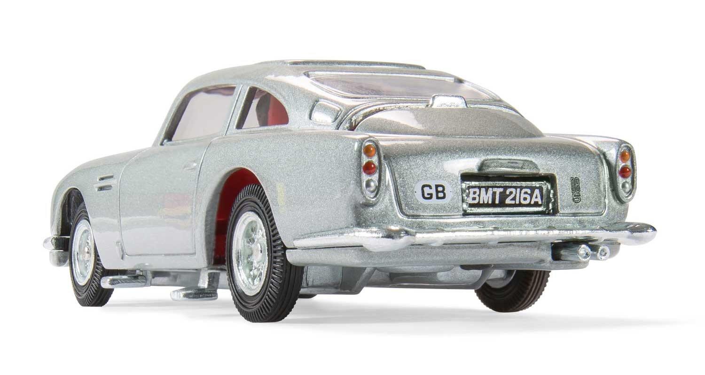 Amazoncom Corgi James Bond Aston Martin DB Goldfinger - Aston martin db5