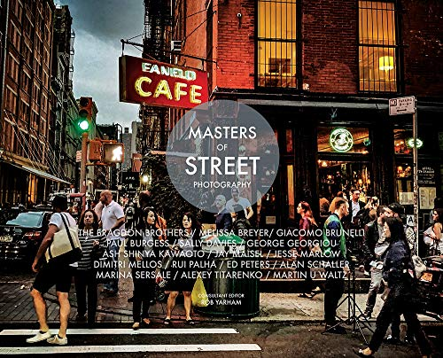 Masters of Street Photography explores the craft and creative secrets of 16 leading lights of the genre. Through probing Q&A style interviews, beautifully reproduced images, captions telling the story of each picture, and detailed technical in...
