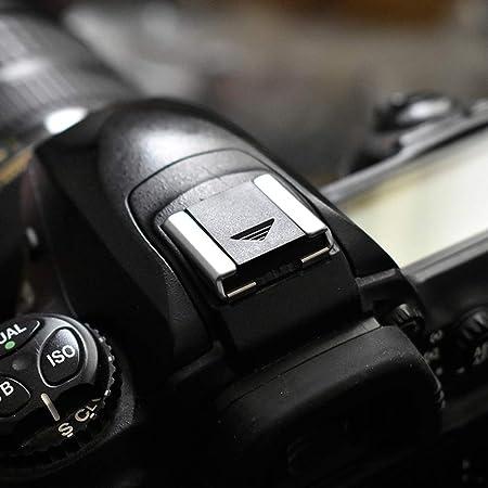 BROTECT Entspiegelungs-Panzerglasfolie kompatibel mit Canon EOS 2000D Anti-Reflex Panzerglas Schutz-Folie Matt