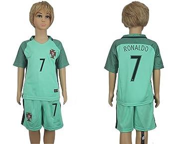 El Jersey de futbol mas vendido de Cristiano Ronaldo, número 7 de Portugal, para niños o adolescentes., Infantil, verde, medium: Amazon.es: Deportes y aire ...