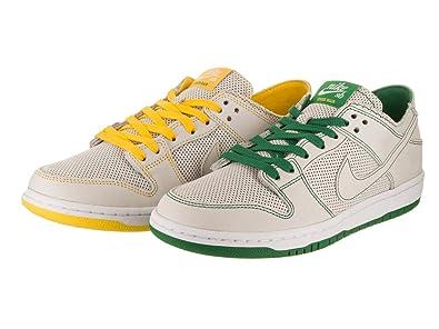 3febcc4aa02 Nike Men s SB Zoom Dunk Low Pro Decon QS Skate Shoe  Amazon.com.au ...