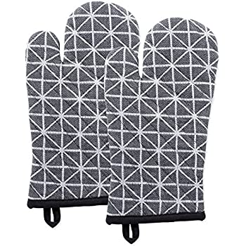 DII Cotton Heat Resistant Kitchen Oven Mitts Set Farmhouse Chic Geometric Design, Machine Washable for Every Home, (6.5x12-Set of 2), Triangle
