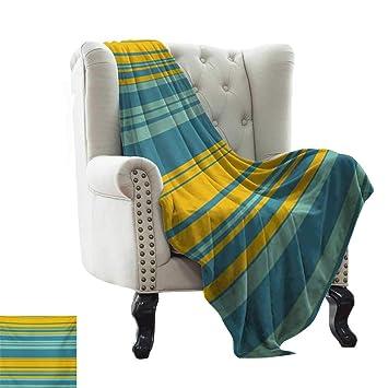 Amazon.com: Manta amarilla y azul, ligera, diseño de nubes ...