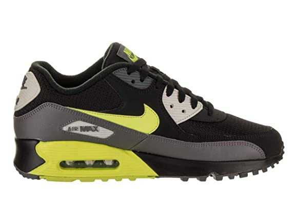outlet store a67dc 07e77 Amazon.com   Nike Men s Air Max 90 Essential Low-Top Sneakers   Road Running