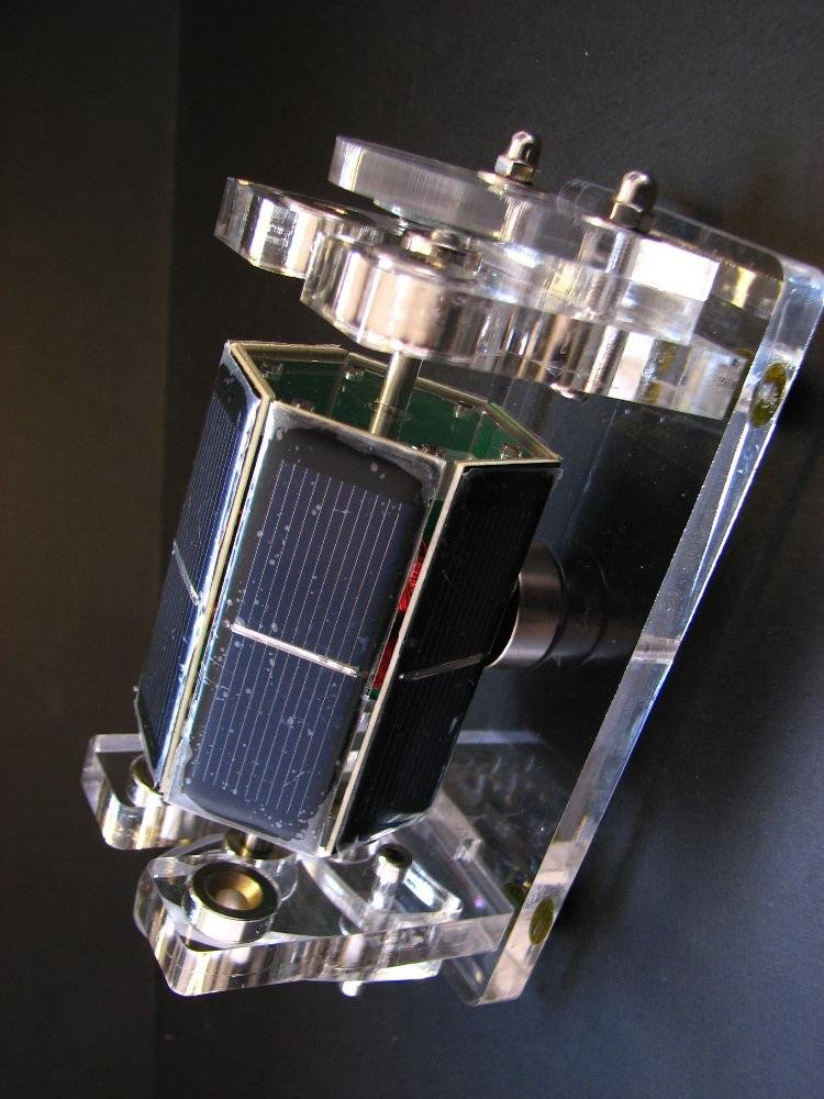 HandsMagic mendocino solar motor science physics toy