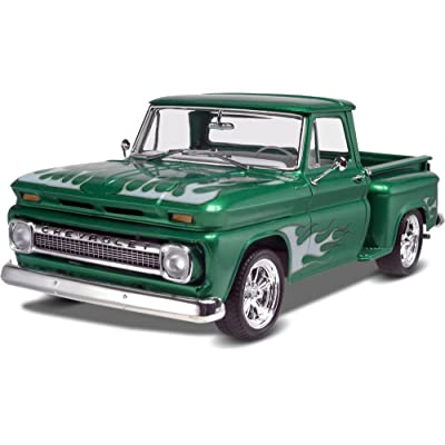 Revell '65 Chevy Stepside Pickup 2N1: Toys & Games