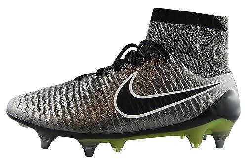 hot sale online 5baca b2a3d Nike Magista Obra SG-PRO, Scarpe da Calcio Uomo: Amazon.it: Scarpe e ...